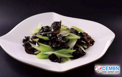 Good combination: Stir-fried Black fungus with celery